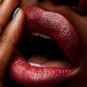 MAC Lipstick (forskellige nuancer) - Crosswires - Cremesheen